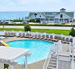 3-Star Oceanfront Resort in Maine from $99/night