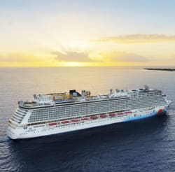 NCL 3Nt Bahamas Cruise w/ Open Bar: $558 for 2