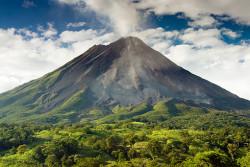 6Nt Costa Rica Flight & Hotel Vaca $1,548 for 2