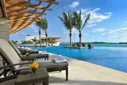 Bermuda Tourism Hotel Sale: 30% off