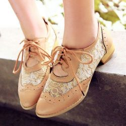 Best Shoe Deals: Score Preppy Flats for Fall