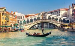 7Nt Italy Flight, Hotel, & Rail Pkg: $2,078 for 2
